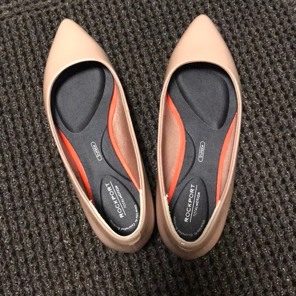 35ce06ff868be Rockport Women's Total Motion Adelyn Ballet Flat. M_5a38018a84b5ce291d04fe09